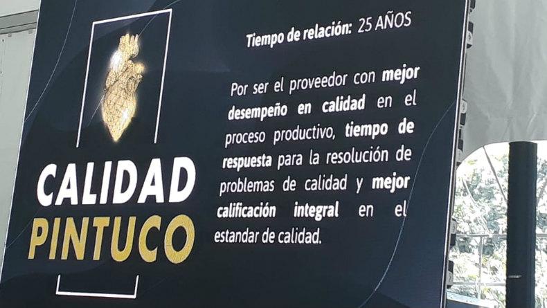 HACEB otorga reconocimiento a Pintuco