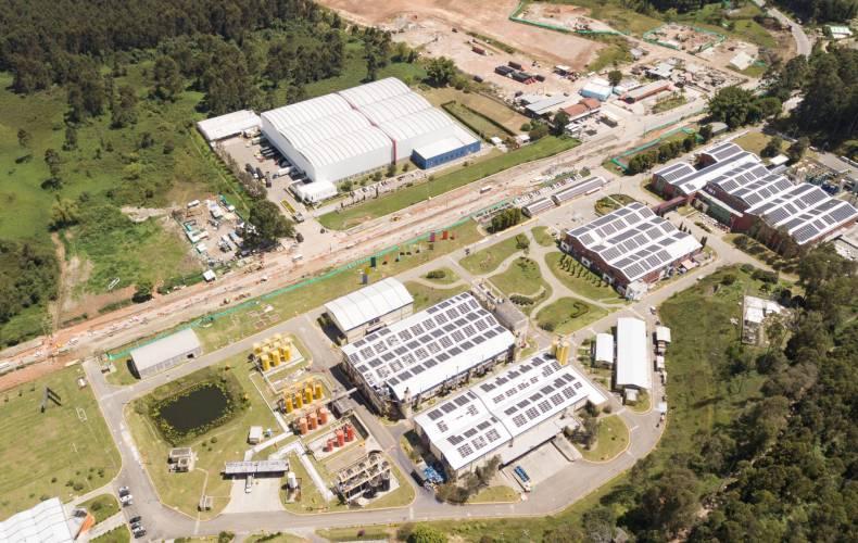 Pintuco inaugura paneles solares en su planta de Rionegro